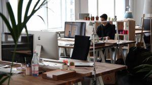 drukowanie materiałów w biurze